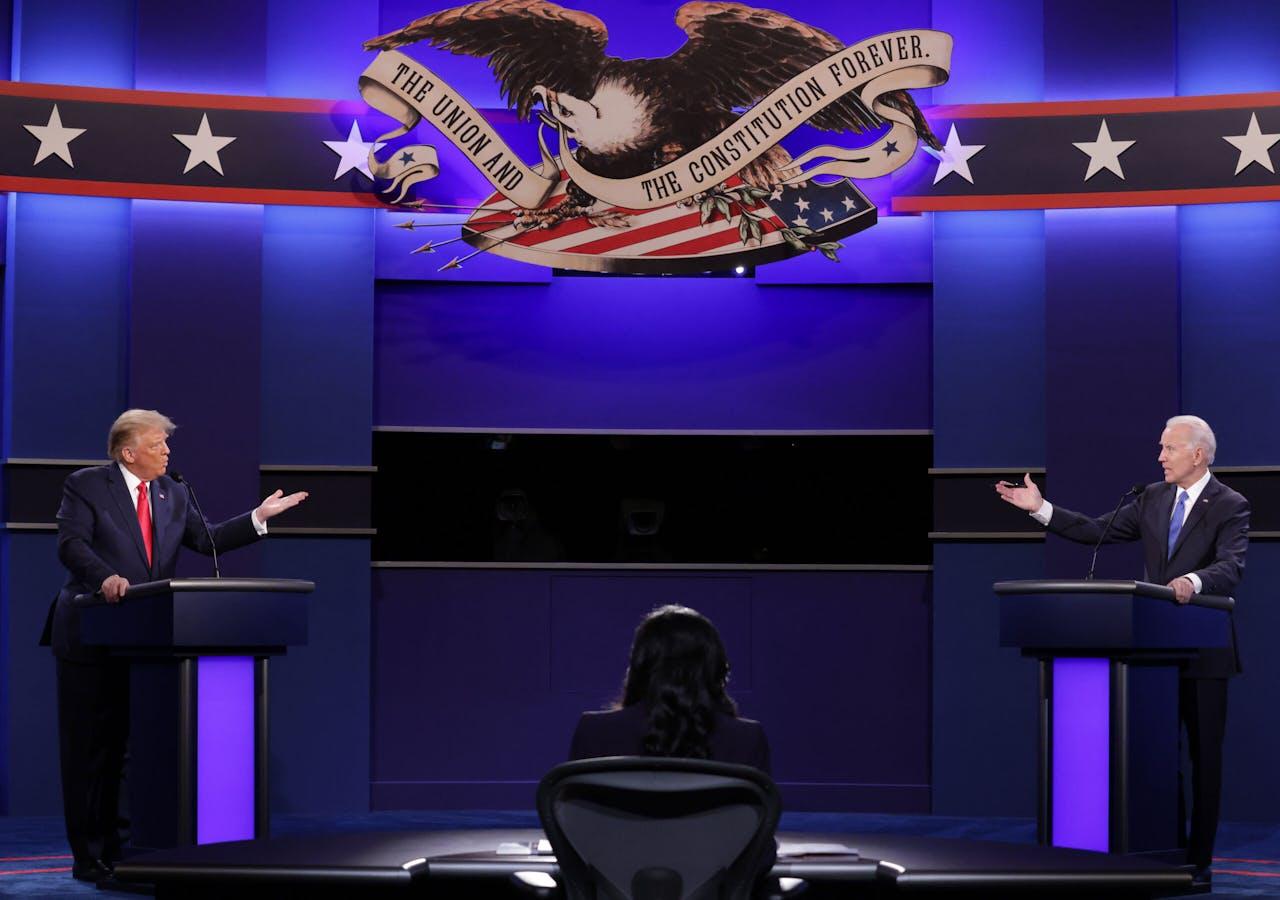De twee kandidaten waar het vannacht allemaal om draait. Zittend president Trump links en uitdager Joe Biden rechts.