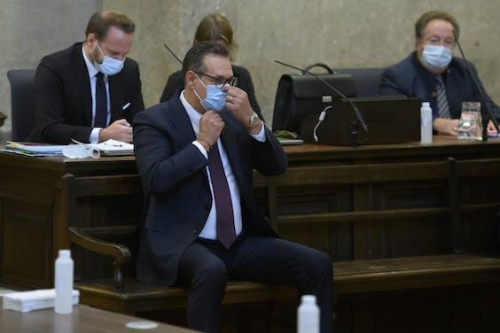 Heinz Christian Strache in de rechtbank van Wenen.