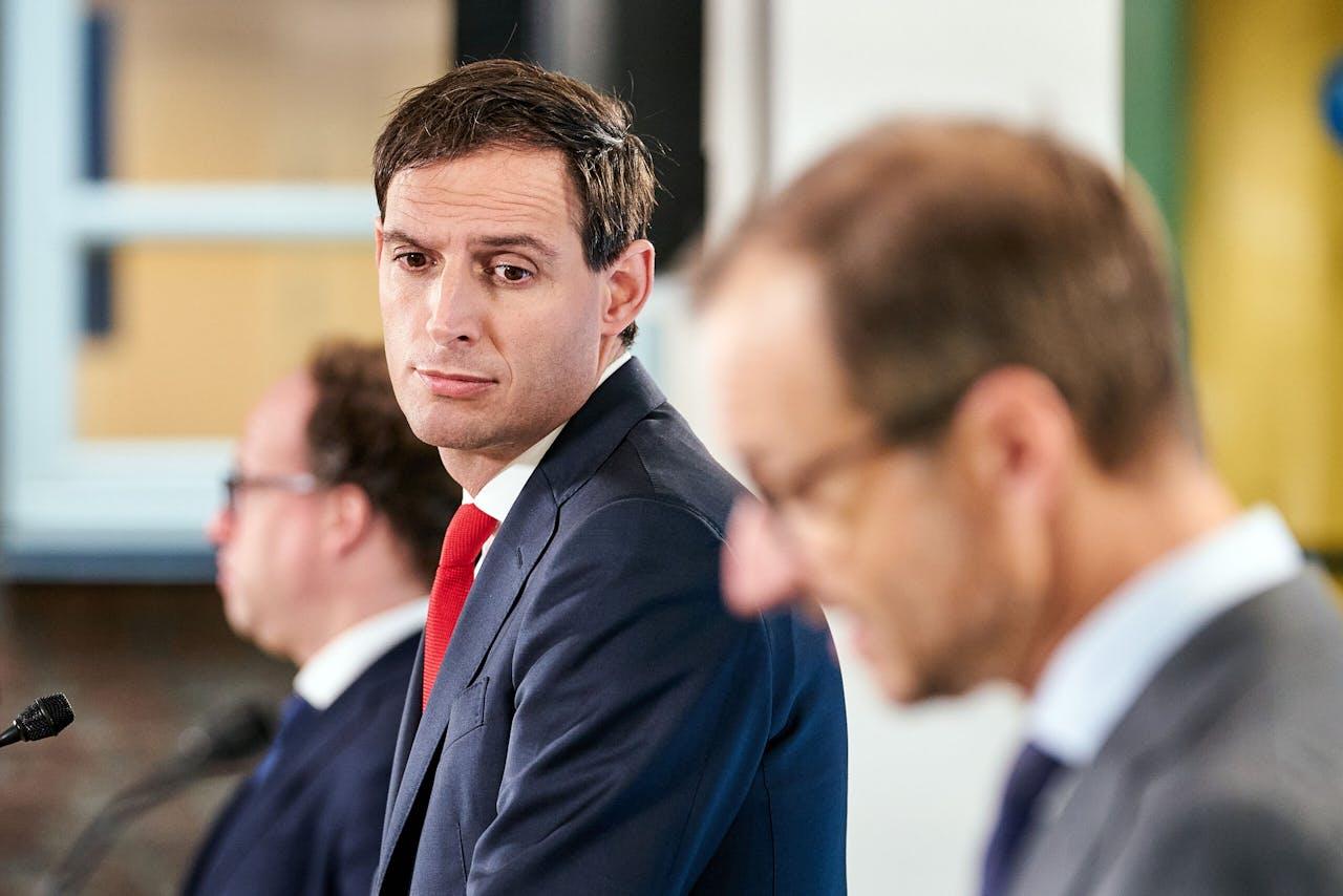 Ministers Eric Wiebes en Wopke Hoekstra