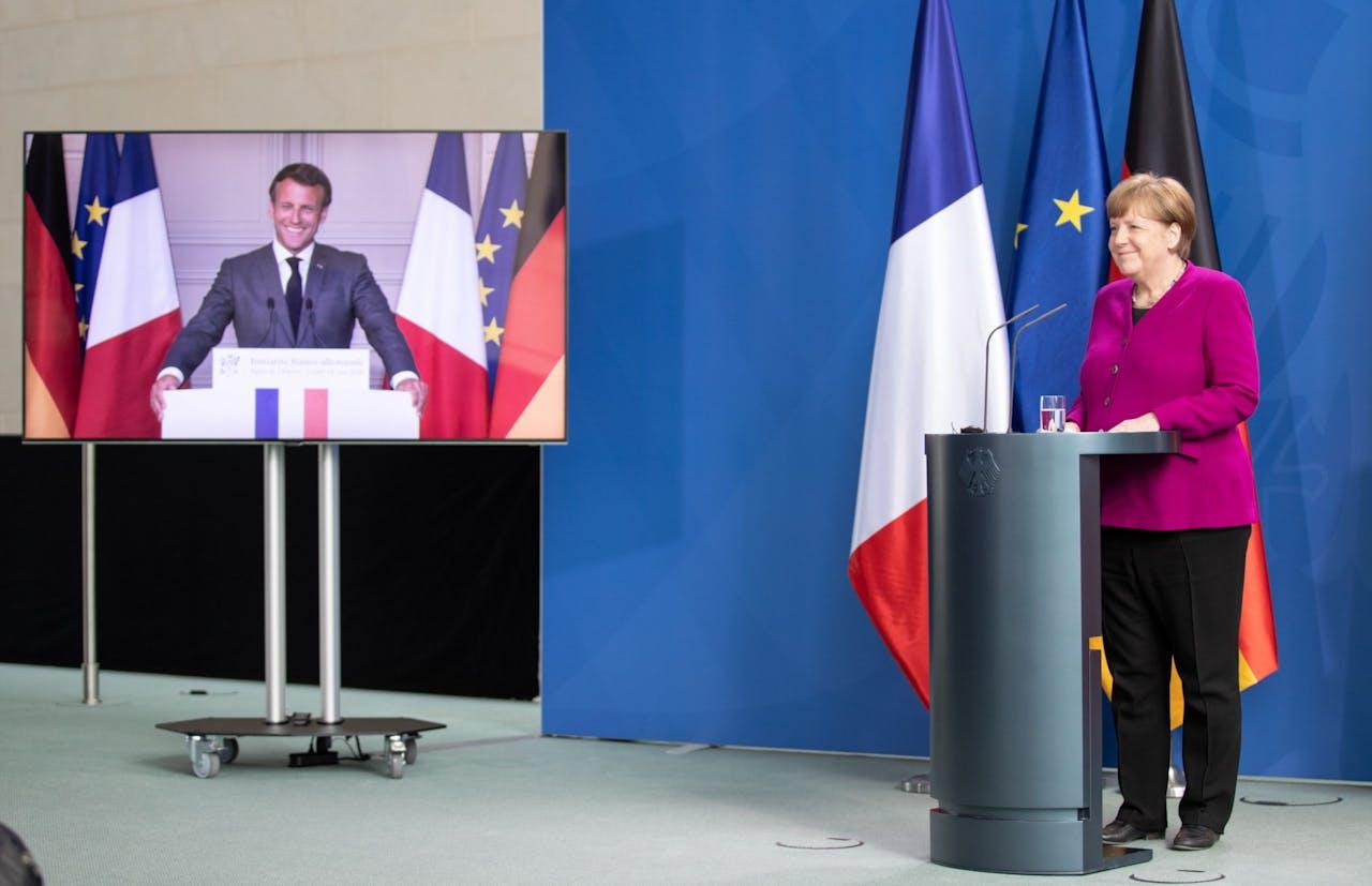 Franse president Macron en Duitse bondskanselier Merkel presenteren hun plan voor een corona-wederopbouwfonds.