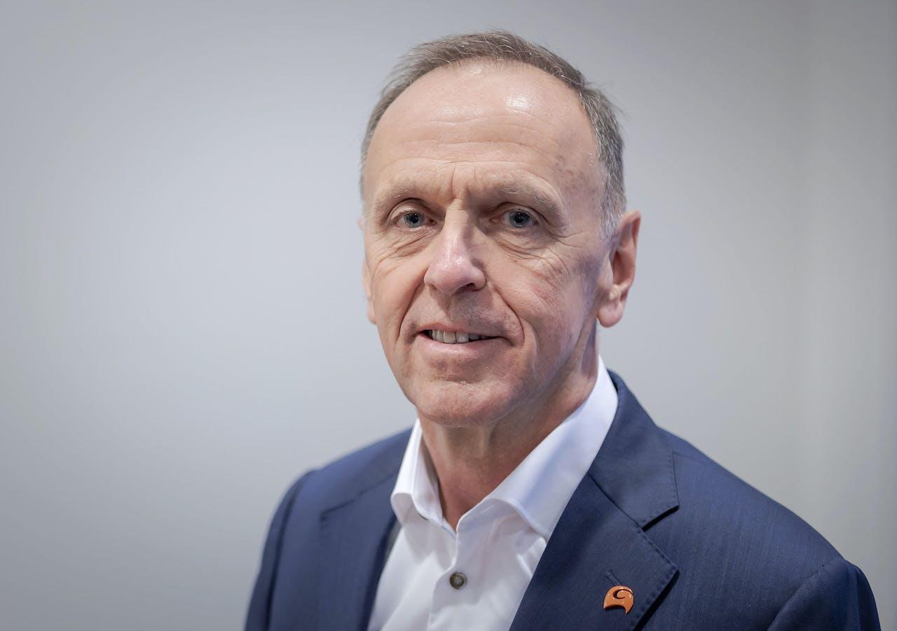 2020-02-13 10:47:06 AMSTERDAM - CEO Peter Oosterveer tijdens de presentatie van de jaarcijfers van Arcadis. ANP ROBIN VAN LONKHUIJSEN