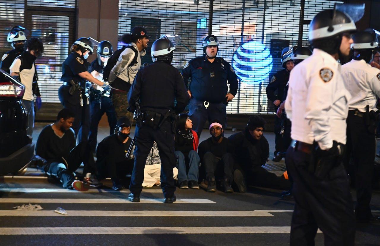 Mensen worden gearresteerd in New York