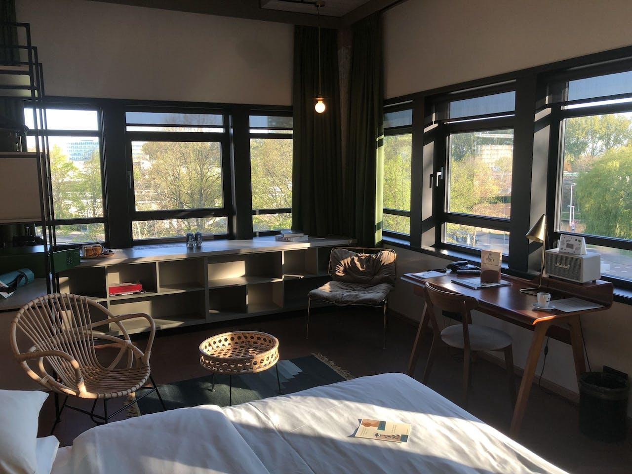 Een kamer in Hotel V in Amsterdam