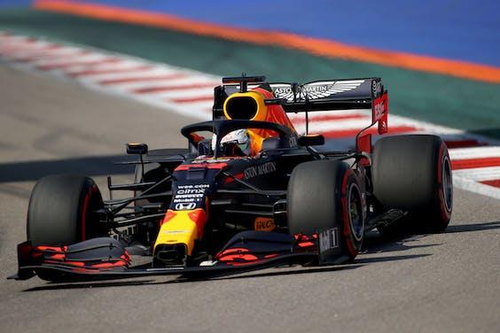 Max Verstappen tijdens de eerste vrije training bij de Grand Prix van Rusland