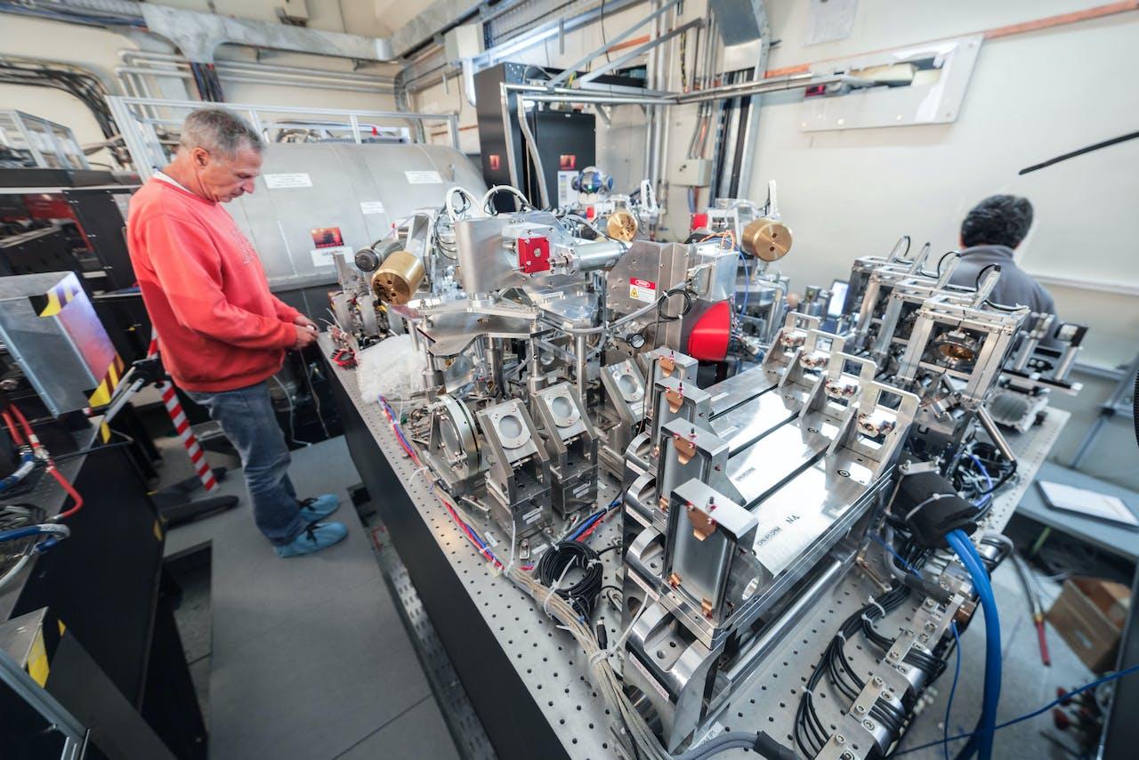 Het nieuwe instrument MATISSE, dat is toegevoegd aan de Very Large Telescope van ESO, tijdens de bouw