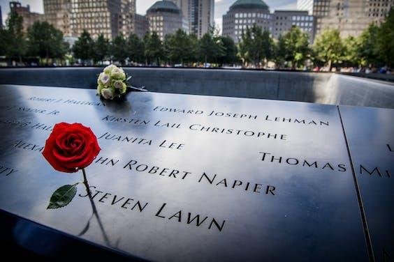 De herdenkingsmonument voor 9/11 op de plek waar de Twin Towers stonden.