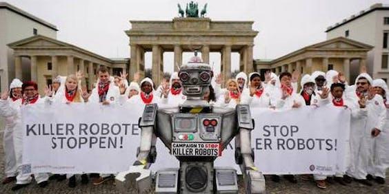 Demonstratie in Berlijn tegen robots