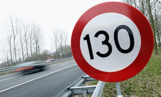 De verhoging van de maximumsnelheid naar 130 km/h heeft niet aantoonbaar geleid tot meer verkeersdoden op de snelweg