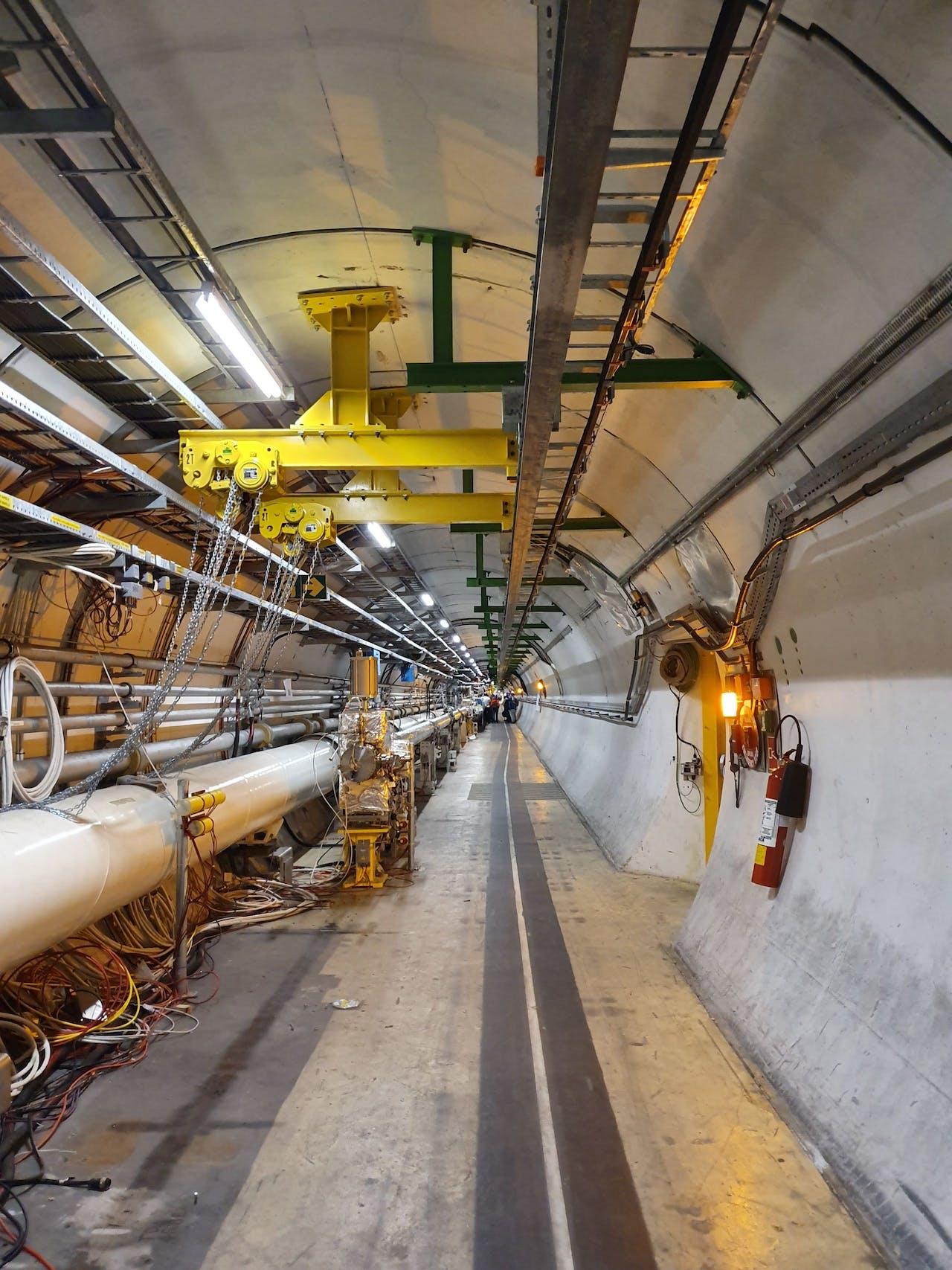 De Large Hadron Collider (LHC) van CERN