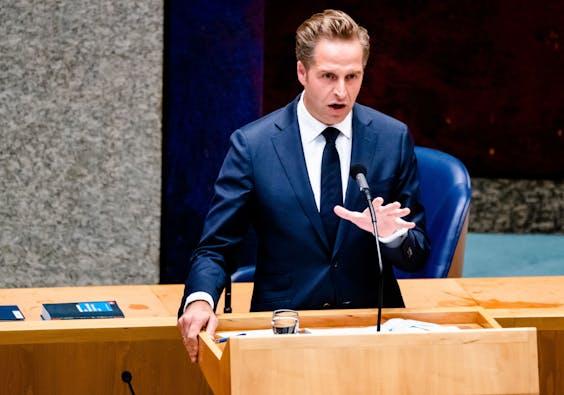 Minister Hugo de Jonge van Volksgezondheid, Welzijn en Sport (CDA) tijdens het wekelijks vragenuur in de Tweede Kamer.