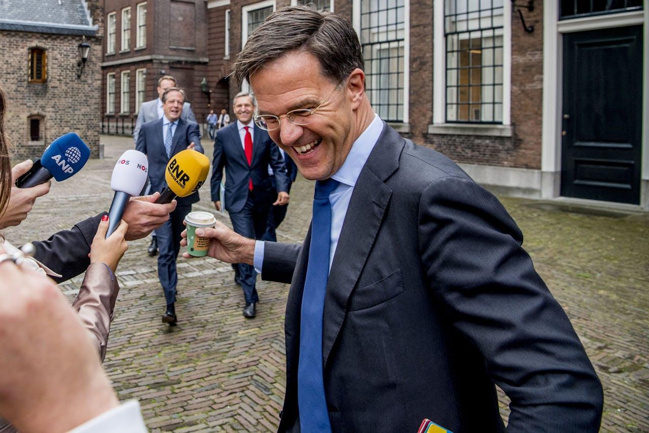 Mark Rutte kan weer lachen