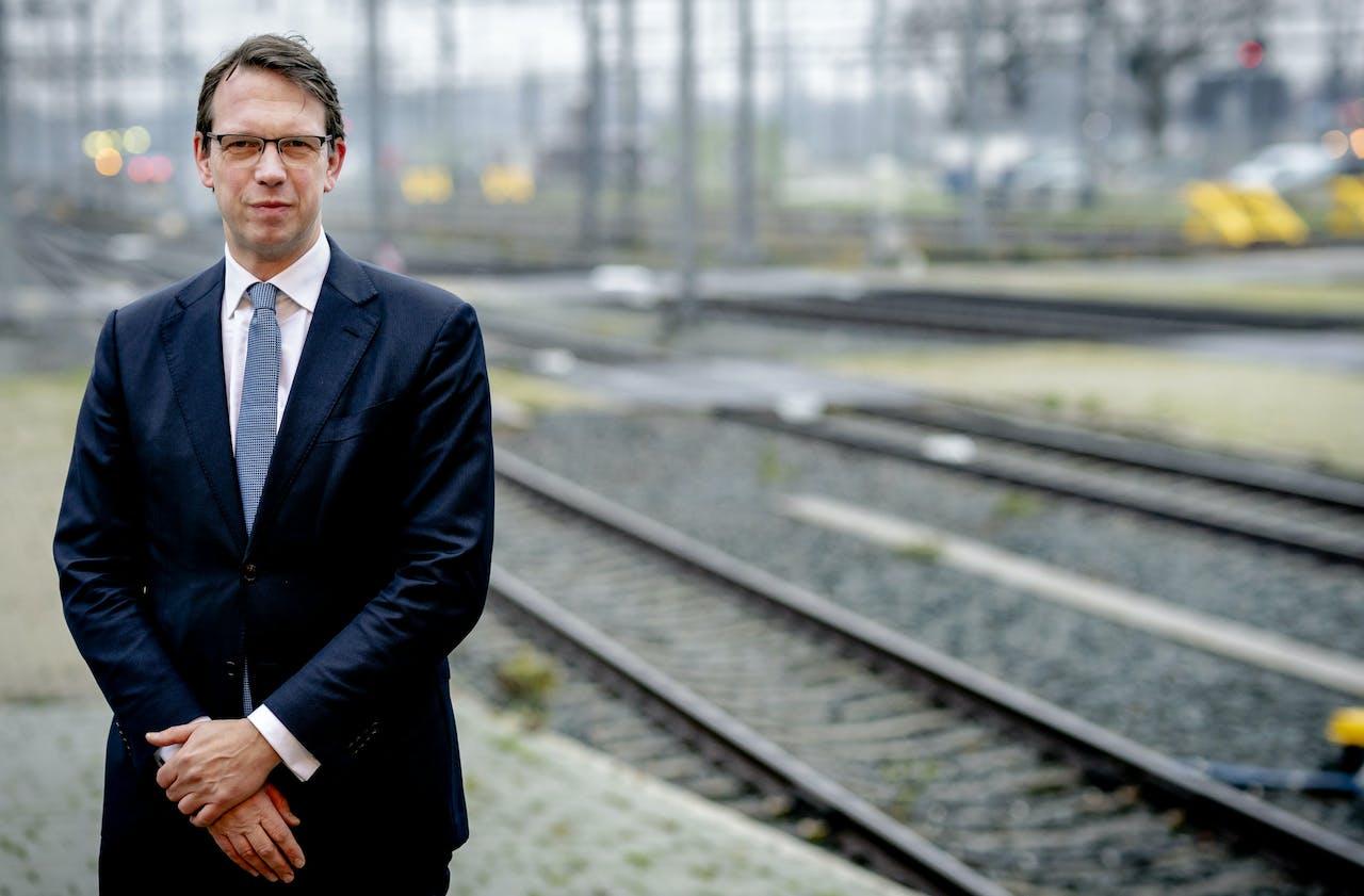 CEO John Voppen van spoorbeheerder ProRail.
