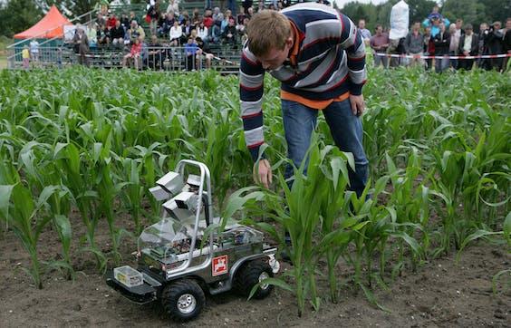 Een landbouwrobot in coronatijd
