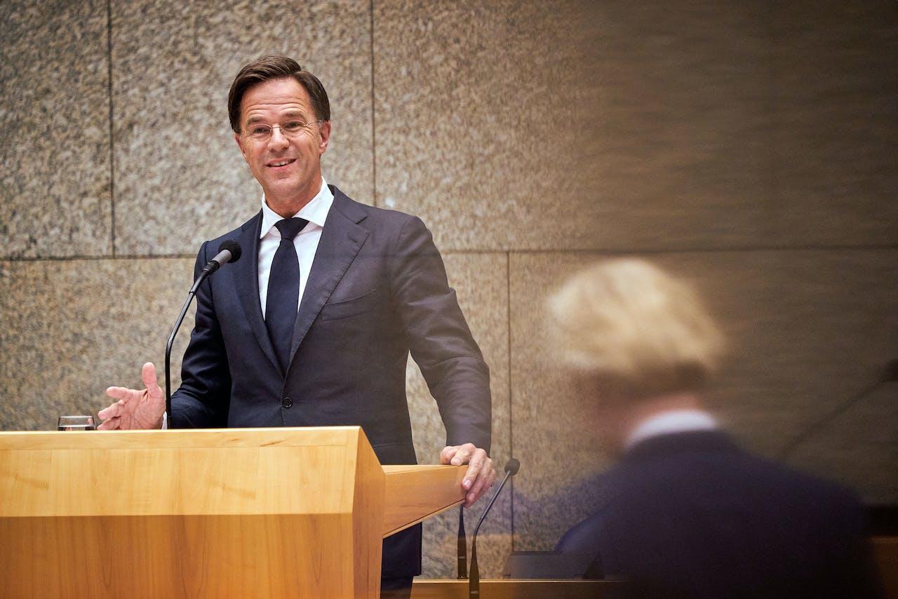 Premier Mark Rutte tijdens het debat in de Tweede Kamer over de uitkomst van de Europese Top inzake het herstelfonds