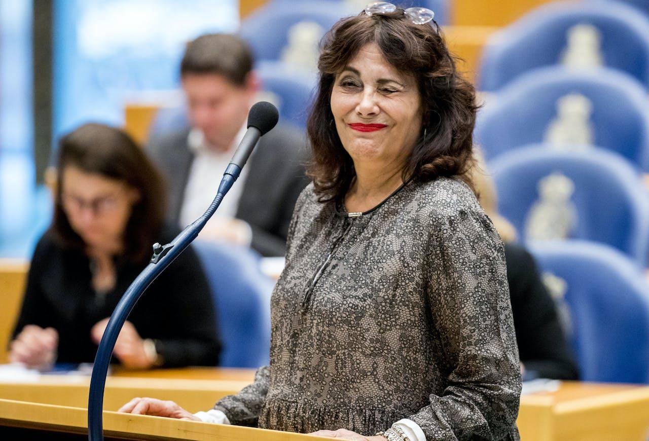 Tweede Kamerlid Léonie Sazias (50Plus) tijdens het Vragenuurtje in de Tweede Kamer.