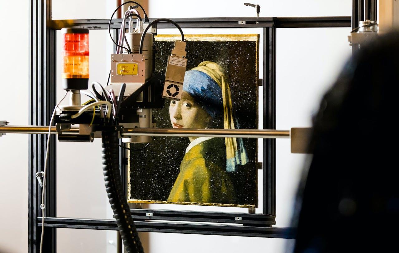 Het schilderij Meisje met de parel van Johannes Vermeer