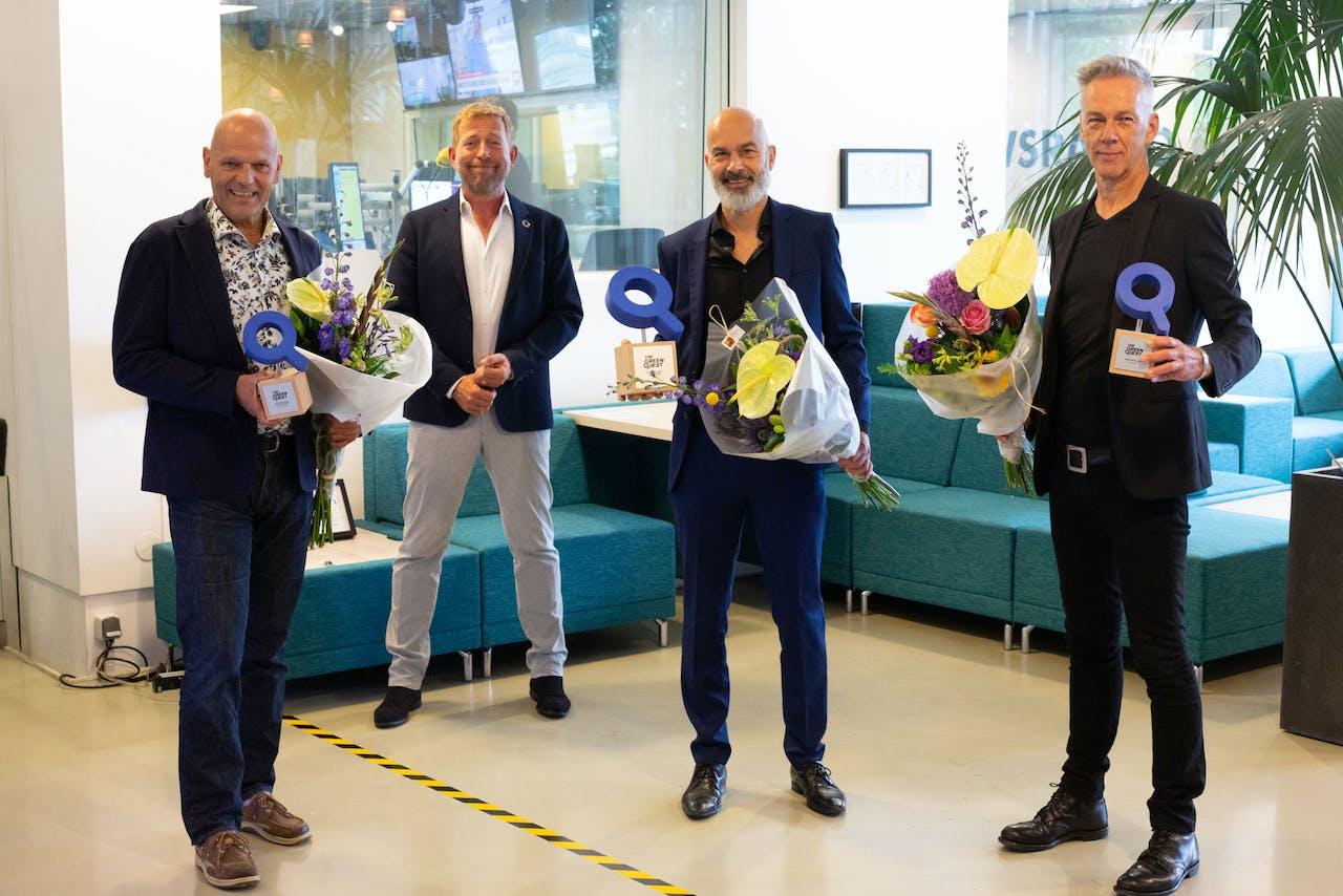 Pieter van der Ploeg van SpeedComfort (Publieksprijs), Harm Edens, Guido van Tartwijk van Heliatek (The Green Quest Award) en Cees Mager van Triple Solar (de ENGIE Prijs).