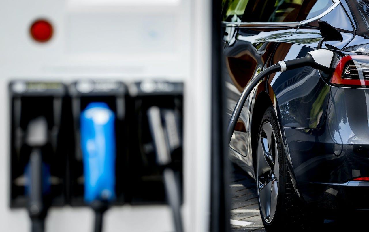 Hogere bijtelling voor elektrische auto's zal volgens de RAI Vereniging een negatief effect hebben op de verkoop van elektrische auto's.