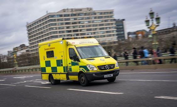 2020-02-04 14:15:14 LONDEN - Ambulance in Londen. ANP LEX VAN LIESHOUT