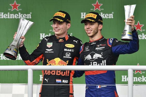 Max Verstappen (Red Bull) en Pierre Gasly (Toro Rosso)