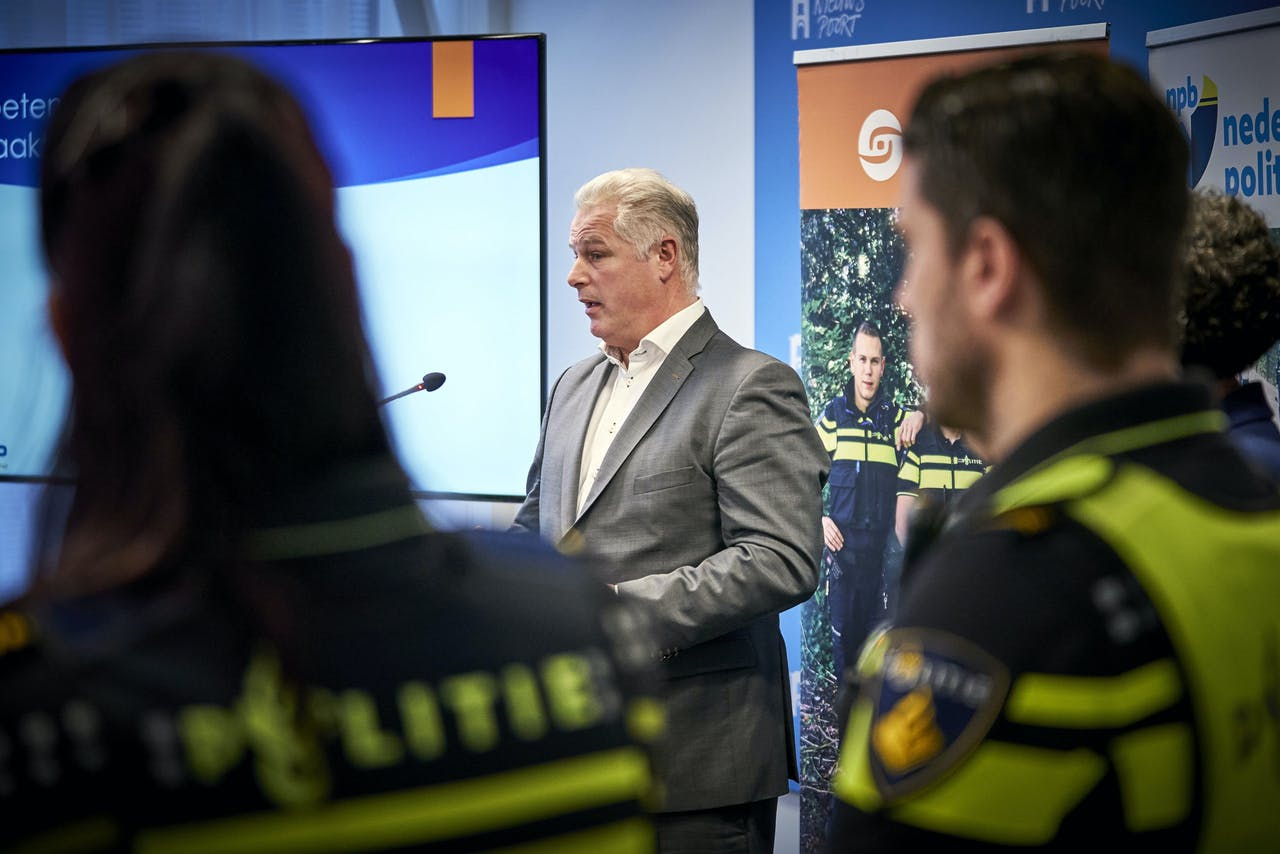 ACP-voorzitter: Gerrit van de Kamp,