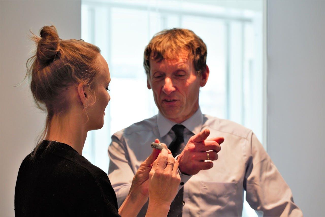 Karlijn heeft een 'proefstuk' in handen en analyseert waar het mis ging.