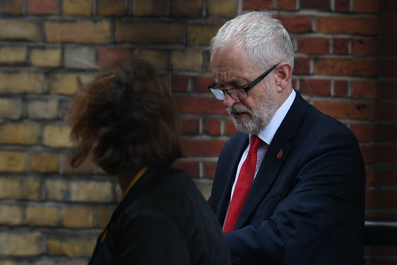 Labour-leider Jeremy Corbyn steunt nieuwe verkiezingen in VK