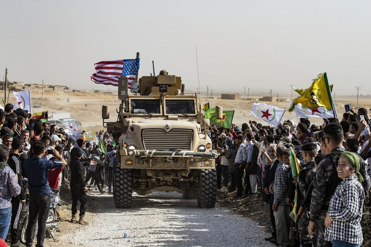 Syrische Koerden demonstreren tegen Turkse dreiging