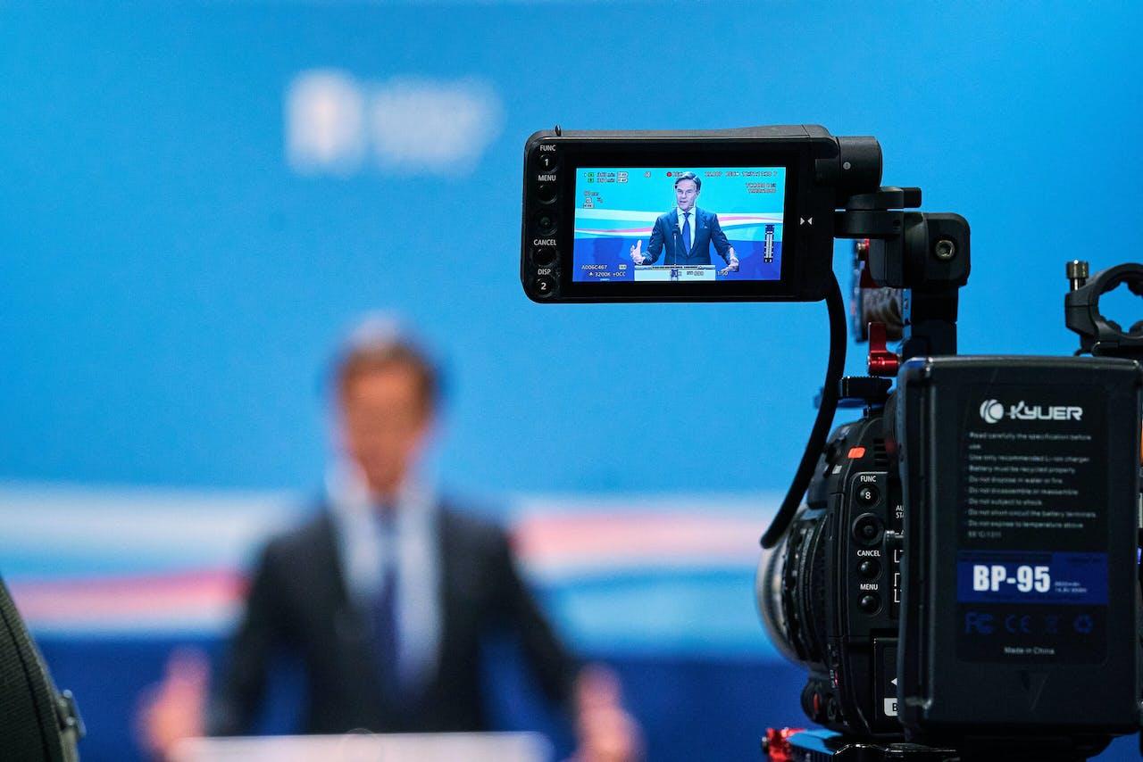 Minister-president Mark Rutte is vrij onzichtbaar