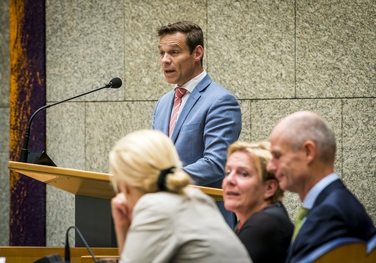 2018-07-05 22:41:41 DEN HAAG - Martijn Helvert tijdens een plenair debat over de Nederlandse inzet in Afghanistan. ANP LEX VAN LIESHOUT