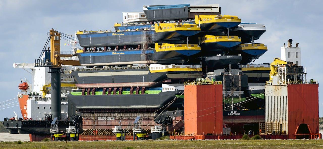 In de Rotterdamse haven wordt geen schip overgeslagen