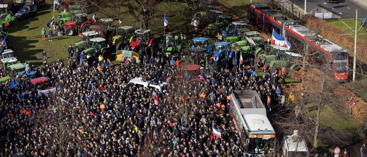 De boeren protesteren tegen het stikstofbeleid.