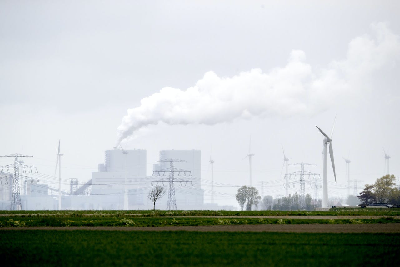 De nieuwe kolencentrale in de Eemshaven