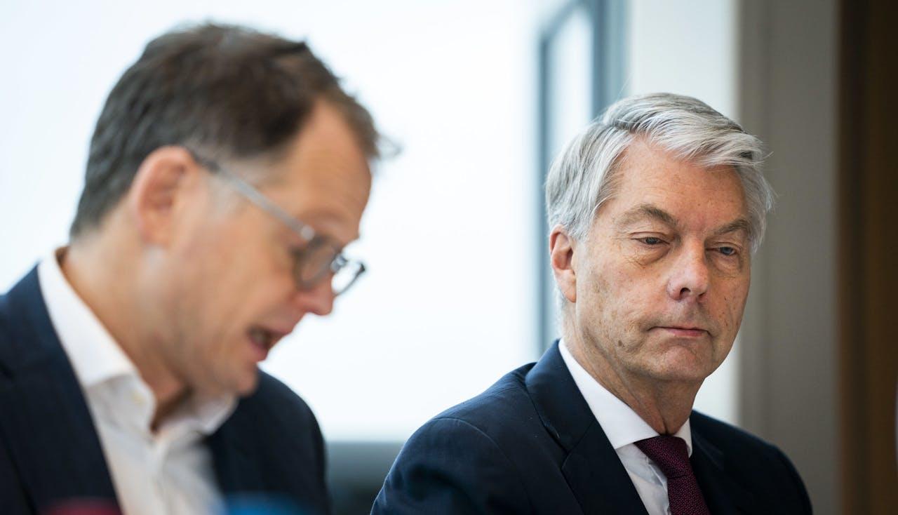 Directievoorzitter Maurice Oostendorp tijdens een persconferentie over de jaarcijfers van de Volksbank.