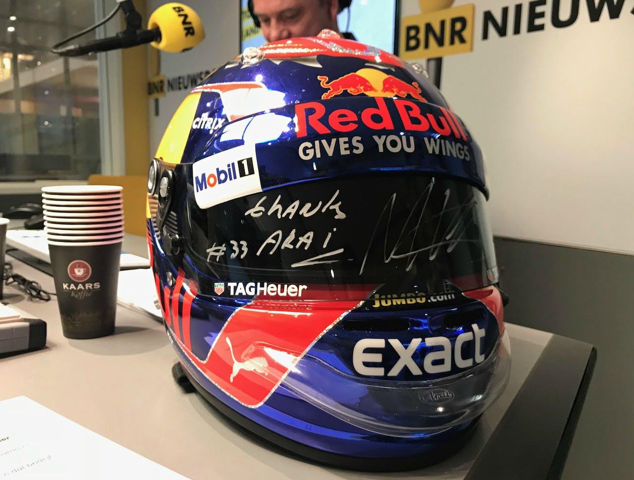 De helm die Max Verstappen in het afgelopen Formule 1-seizoen droeg tijdens de GP van Japan