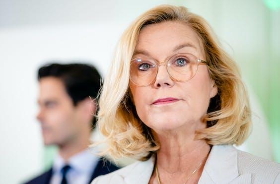 Sigrid Kaag (D66) geeft op het partijkantoor een toelichting op de doorbraak in de formatie. D66 is toch bereid te onderhandelen met VVD, CDA en de Christenunie.
