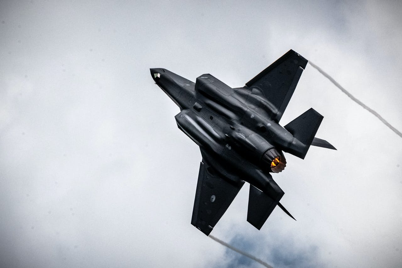 De eerste Nederlandse F-35, de Joint Strike Fighter, in actie tijdens de Luchtmachtdagen 2019 op vliegbasis Volkel. ANP ROB ENGELAAR