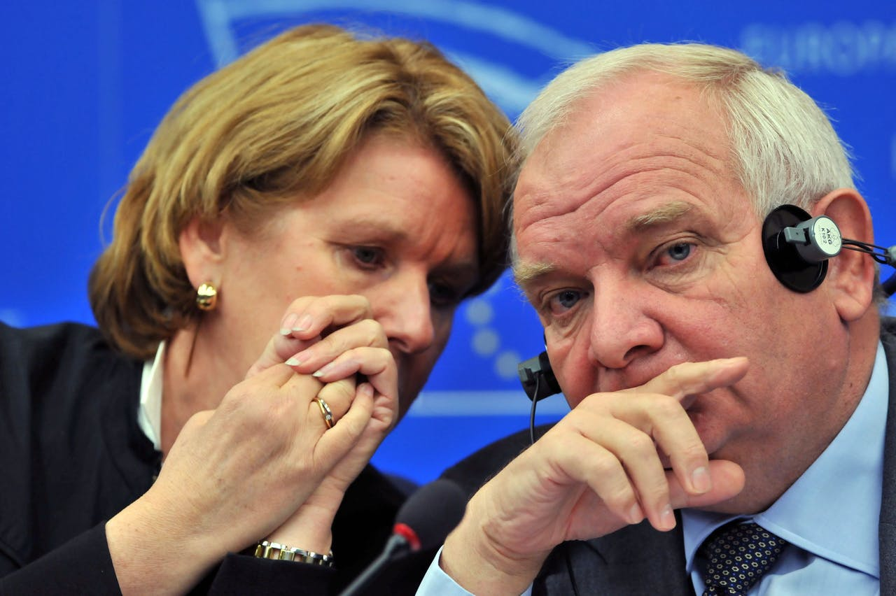 Corien Wortmann-Kool (L) toen ze nog als Europarlementariër voor het CDA werkte