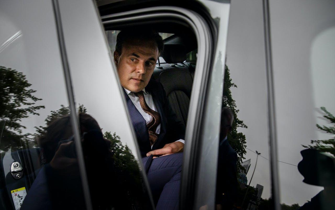 Staatssecretaris Mark Harbers van Justitie en Veiligheid (VVD) na afloop van het debat waarin hij zijn aftreden bekendmaakte.