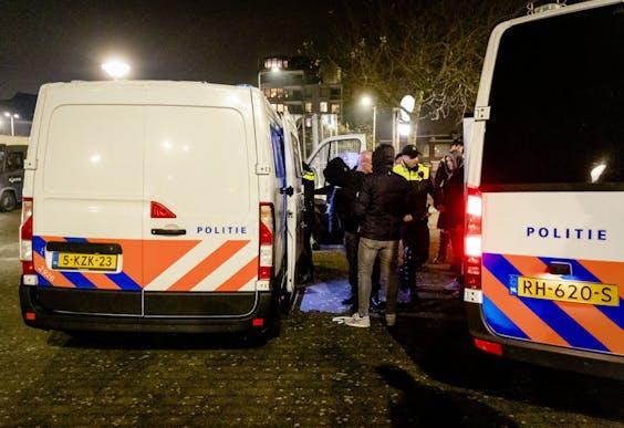 De politie verricht drie aanhoudingen in Duindorp