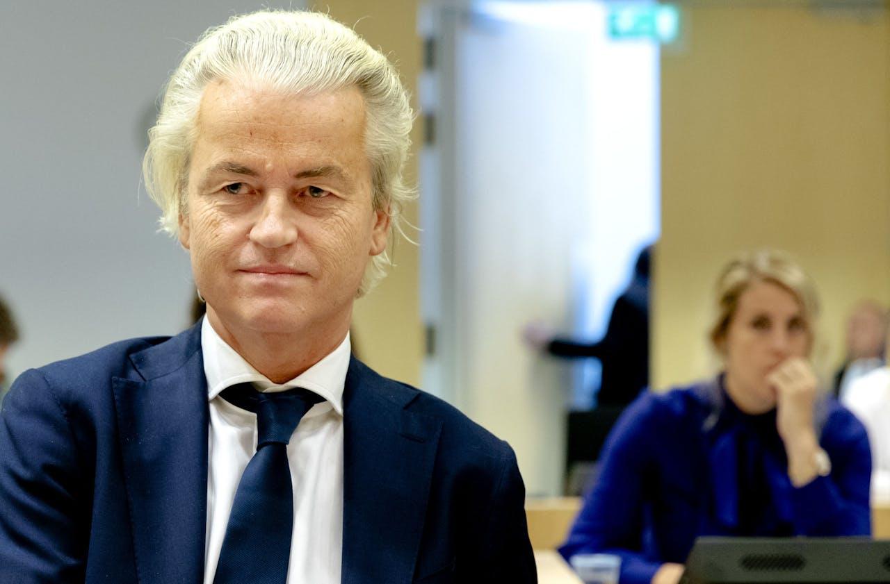 Geert Wilders voorafgaand aan de voortzetting van het hoger beroep in de strafzaak tegen de PVV-leider