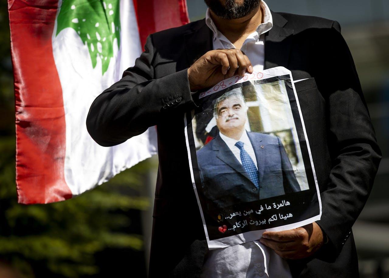 voor het Libanon-Tribunaal voorafgaand aan de uitspraak over de moord op ex-premier Rafik Hariri van Libanon