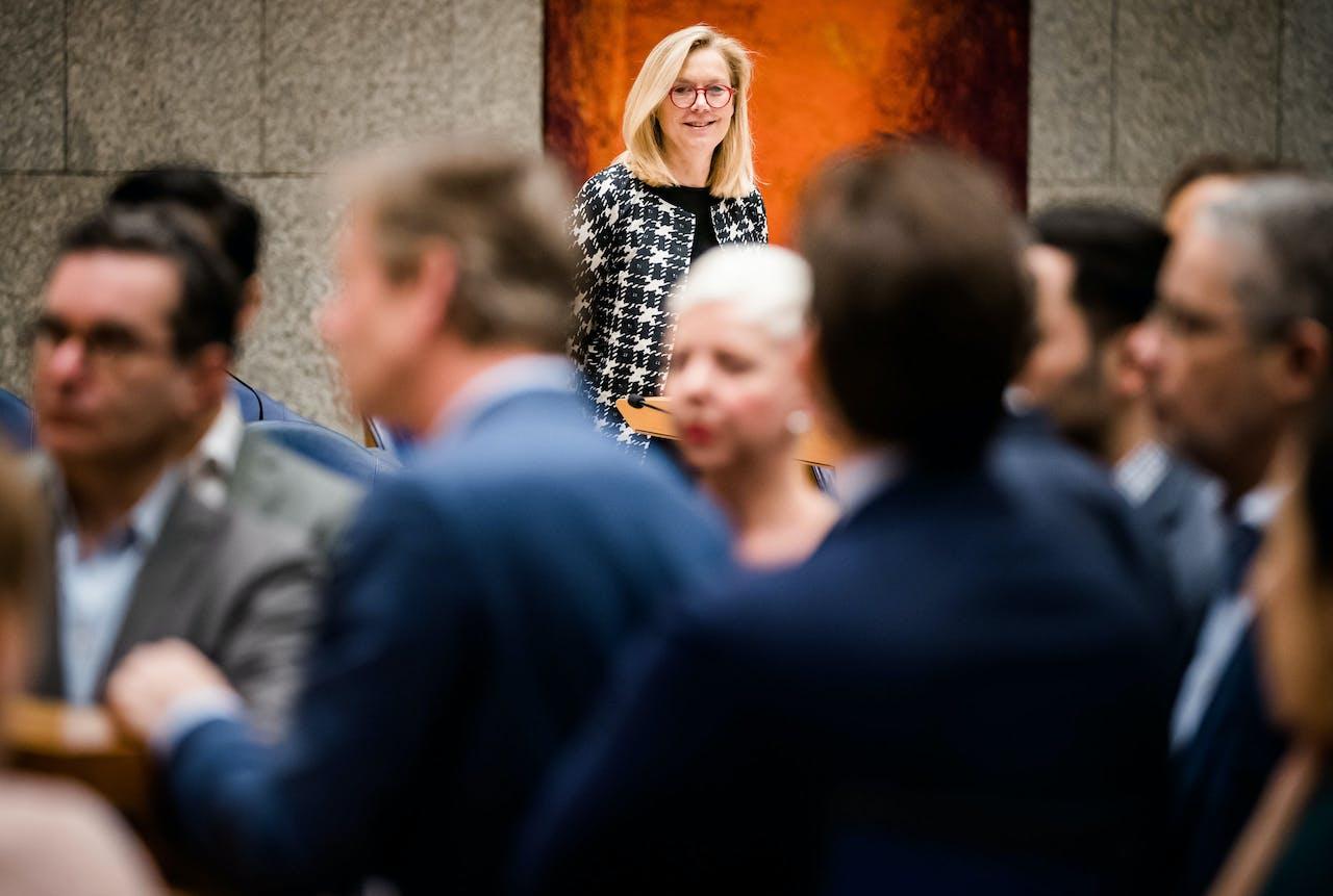 Minister Sigrid Kaag voor Buitenlandse Handel en Ontwikkelingssamenwerking (D66) tijdens het debat over CETA