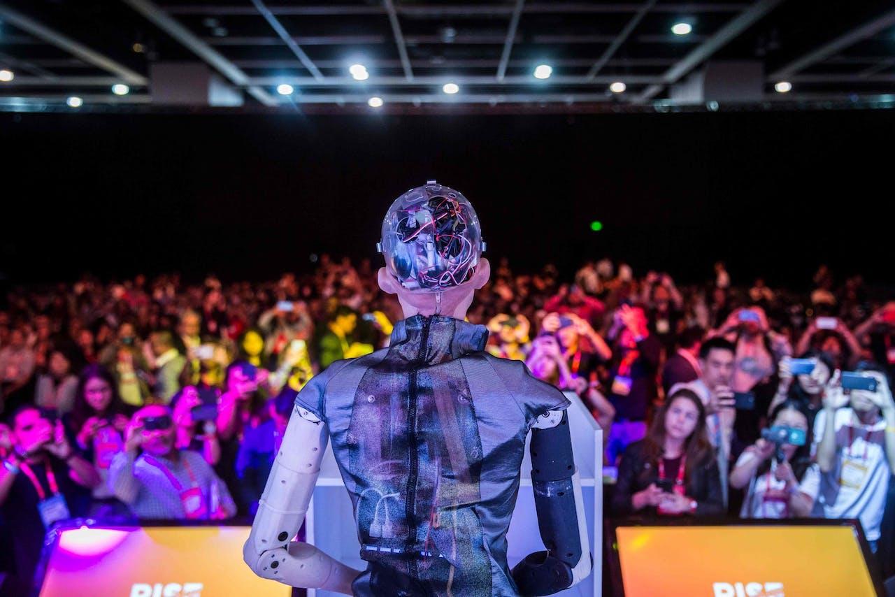 'Sophia the Robot' tijdens een presentatie van Hanson Robotics op de RISE Technology Conference in Hong Kong op 10 juli.