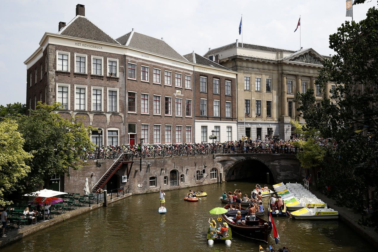 Wielrenners tijdens de Tour de France in Utrecht.