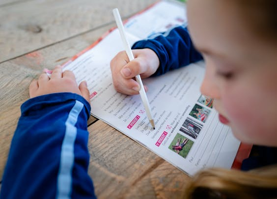 Een leerling van 8 krijgt thuisonderwijs