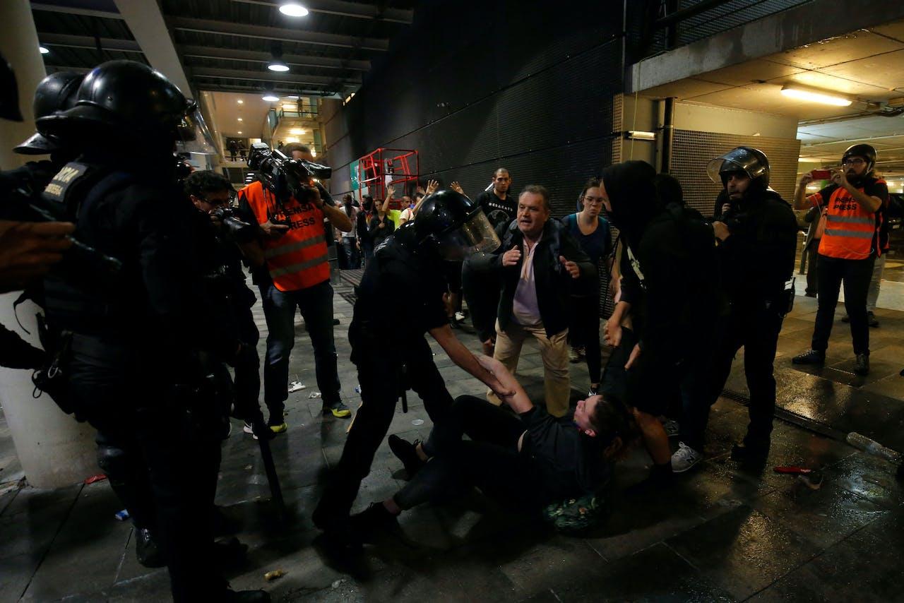 Ongeregeldheden op de luchthaven El Prat in Barcelona