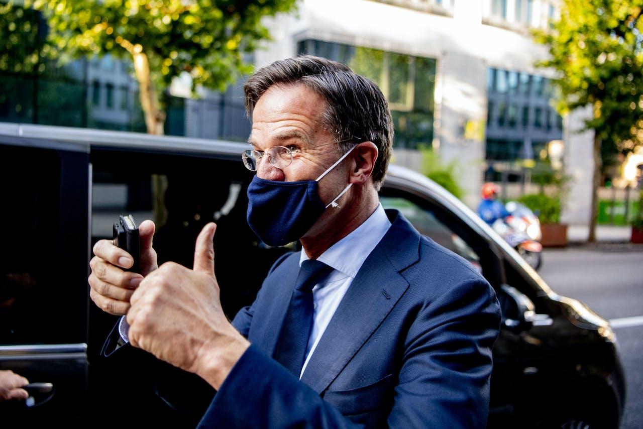 Minister-president Mark Rutte kort na het einde van de marathon-top in Brussel.