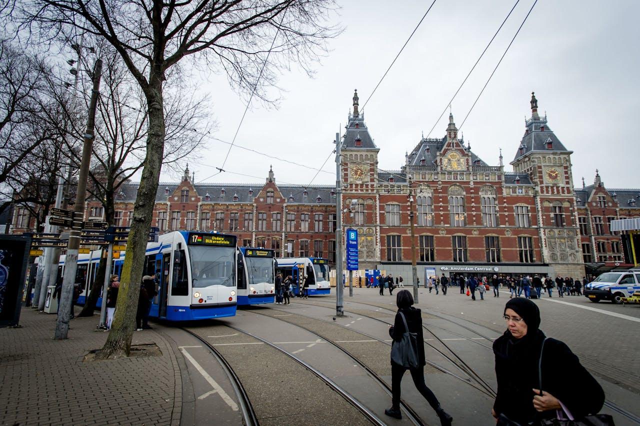 Exterieur van station Amsterdam Centraal