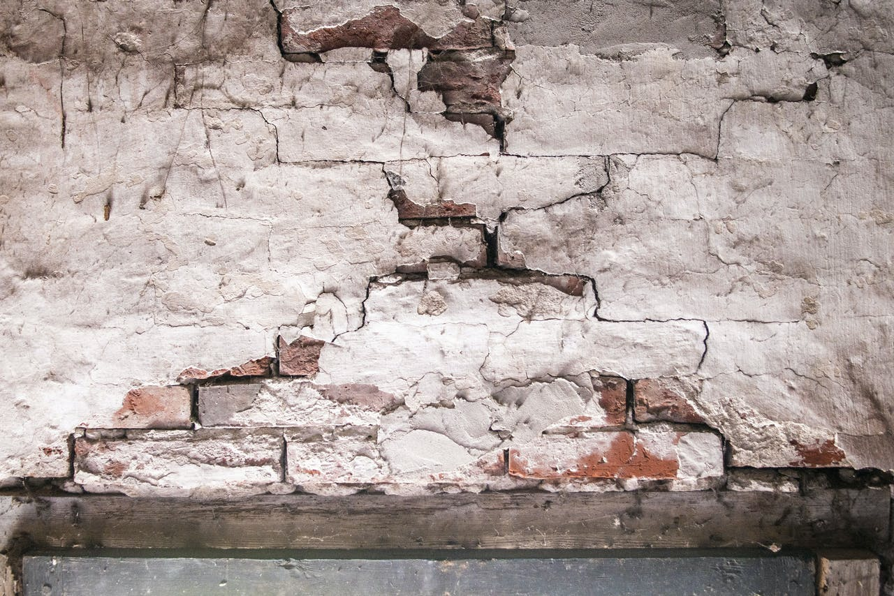 Schade door aardbevingen in woningen Groningen
